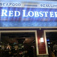 Photo taken at Red Lobster by Abdullah A. on 12/21/2012