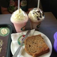 Photo taken at Zarraffa's Coffee by Wakako K. on 12/23/2012
