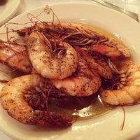 11/3/2013 tarihinde Mira B.ziyaretçi tarafından Pascal's Manale Restaurant'de çekilen fotoğraf