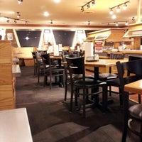 Photo taken at Pizza Hut by Richard S. on 11/4/2012