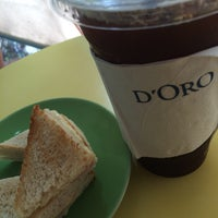 Photo taken at D'Oro Coffee Station by Natthapol N. on 5/15/2016