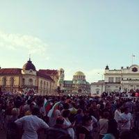 6/16/2013 tarihinde Emil A. G.ziyaretçi tarafından пл. Народно събрание (Narodno sabranie Sq.)'de çekilen fotoğraf