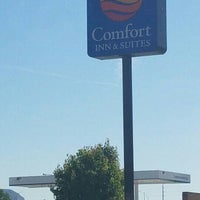Photo taken at Comfort Inn And Suites by Bryan D. on 6/2/2016