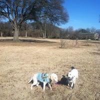 Das Foto wurde bei Atlanta BeltLine Trailhead @ Bobby Jones Golf Course von Christy H. am 2/17/2013 aufgenommen