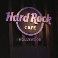 Photo taken at Hard Rock Cafe Hollywood on Hollywood Blvd by Niklas K. on 11/11/2012