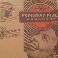 Photo taken at Expressz Pizza by gezmelerdeyim c. on 11/18/2012