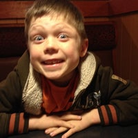 Photo taken at Pizza Hut by Monnie M. on 1/27/2014
