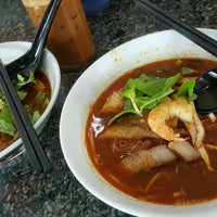 Photo taken at New Weng Fatt Cafe & Restaurant by Alvin L. on 10/8/2016