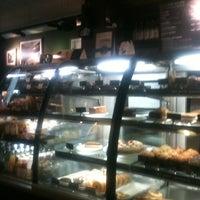 Photo prise au Starbucks Coffee par Alexander K. le4/11/2013