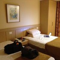 Foto tirada no(a) Windsor Flórida Hotel por Carlos G. em 2/26/2013