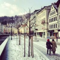 2/22/2013 tarihinde Liber P.ziyaretçi tarafından Karlovy Vary | Karlsbad'de çekilen fotoğraf