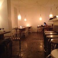 Das Foto wurde bei Lokal von Art Brandom am 11/6/2012 aufgenommen