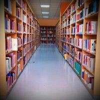 5/22/2013에 cemil Y.님이 Merkez Kütüphane에서 찍은 사진