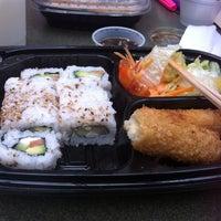 Photo taken at Sushi Zen by VIRIS A. on 10/14/2014