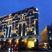 Снимок сделан в InterContinental Kyiv пользователем Настя В. 12/4/2012