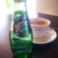 12/28/2012 tarihinde Haluk B.ziyaretçi tarafından Barista Coffee'de çekilen fotoğraf