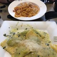Foto scattata a la pasta fresca raimondo mendolia da Tuğba Yıldız il 4/10/2017