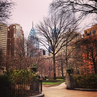 12/22/2012にShelly Z.がRittenhouse Squareで撮った写真