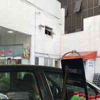 Photo taken at Posto Shell Bela Cintra by Marcelo Hsu 許. on 5/17/2018