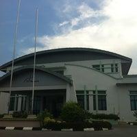 Photo taken at Jabatan Meteorologi Malaysia by Daniel Z. on 3/13/2013