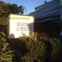 Foto tomada en Seasons & Regions Seafood Grill por Jeremy K. el 9/2/2013