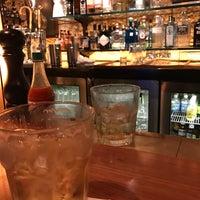 Foto tomada en The Honor Bar por Joshua B. el 7/27/2017
