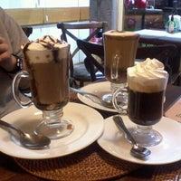 Photo taken at Chocolataria Heloise Mesquita by Lays I. on 6/3/2013