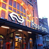 Photo taken at Station Haarlem by Chieko S. on 10/31/2012