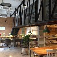 7/10/2014 tarihinde Dodo P.ziyaretçi tarafından ONEDAY Hostel & Co-Working Space'de çekilen fotoğraf
