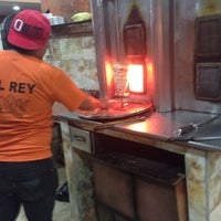 Photo taken at Malek al shawarma by Toty H. on 3/1/2014