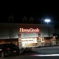 Photo taken at HomeGoods by Kae C. on 1/14/2013