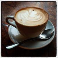 2/6/2013 tarihinde Spenser H.ziyaretçi tarafından Espresso Vivace'de çekilen fotoğraf