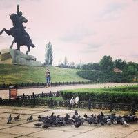 Снимок сделан в Площадь Суворова пользователем Ирина И. 5/19/2013