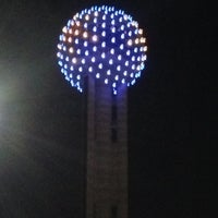 Photo taken at Reunion Tower by Wil Willie-Kai P. on 12/11/2012