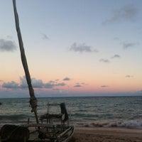 Foto tirada no(a) Praia da Garça Torta por Isabela M. em 4/13/2013