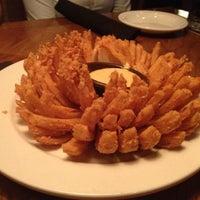 Foto tomada en Outback Steakhouse por Marcela C. el 11/19/2012
