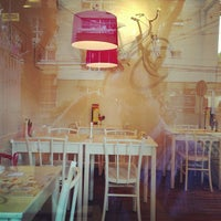 Photo taken at Le Grand Burger by Eduardo P. on 1/15/2013