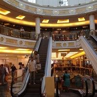 Foto scattata a Centro Commerciale Euroma2 da Kelly JC. il 9/29/2012