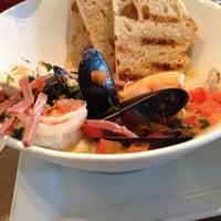 Das Foto wurde bei Dive Coastal Cuisine von Joyce M. am 7/27/2014 aufgenommen