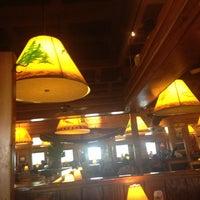 Foto tomada en Tahoe Joe's por Matthew R. el 5/12/2013