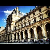 Снимок сделан в Лувр пользователем Luis E. 7/6/2013