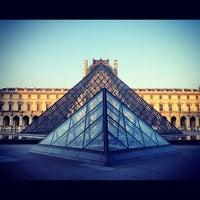 Photo prise au Musée du Louvre par Luis E. le7/7/2013