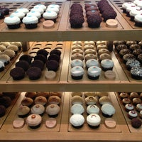 Photo taken at Sprinkles Cupcakes by Jeannie C. on 6/30/2013
