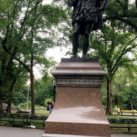 Photo taken at William Shakespeare Statue by Anthony S. on 7/29/2017
