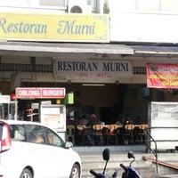 Photo taken at Restoran Murni by Zak Z. on 12/17/2012
