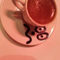 Das Foto wurde bei Ambiance Cafe von 👑AŞK 'I DERUNN SULTAN👑 am 3/3/2013 aufgenommen