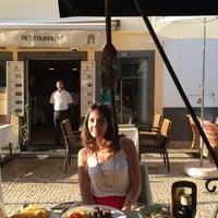 8/26/2015 tarihinde Nihan O.ziyaretçi tarafından Espaço Funchal'de çekilen fotoğraf