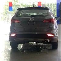 Photo taken at Hyundai Mobil Indonesia by Nana D. on 4/16/2013