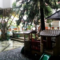 Photo taken at Hotel Salak The Heritage by Richard B. on 1/11/2013
