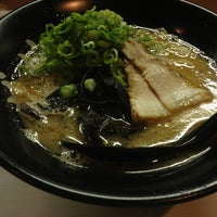Photo taken at どとんこつ石宗 薬研堀店 by 真っ白 ま. on 8/5/2013